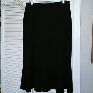 Emma James size 10 stretch gorded hem black skirt